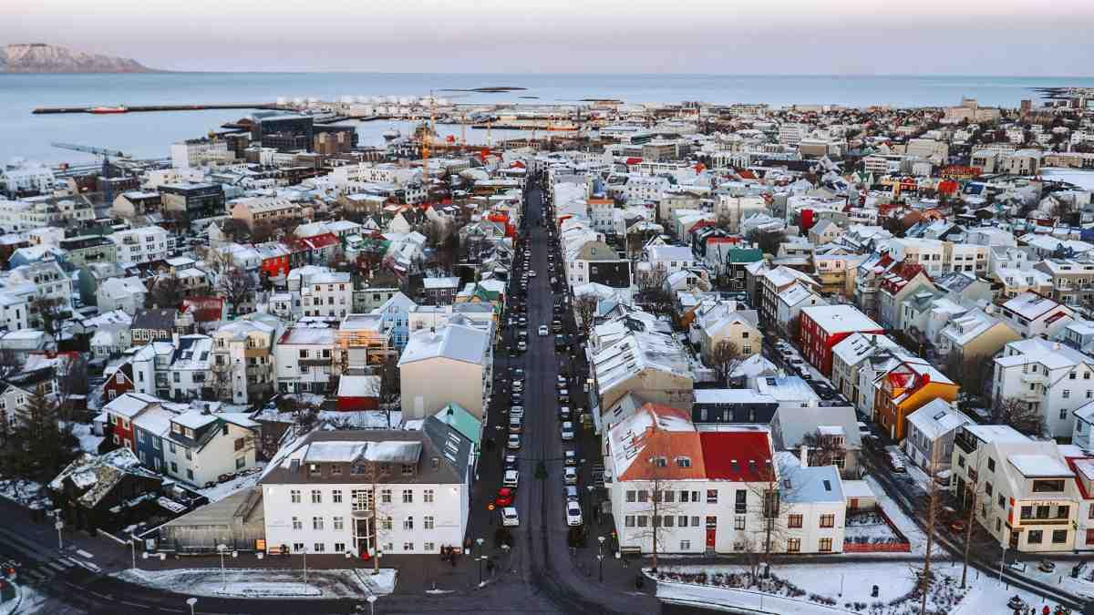 Comment faire pour aller vivre en Islande ?