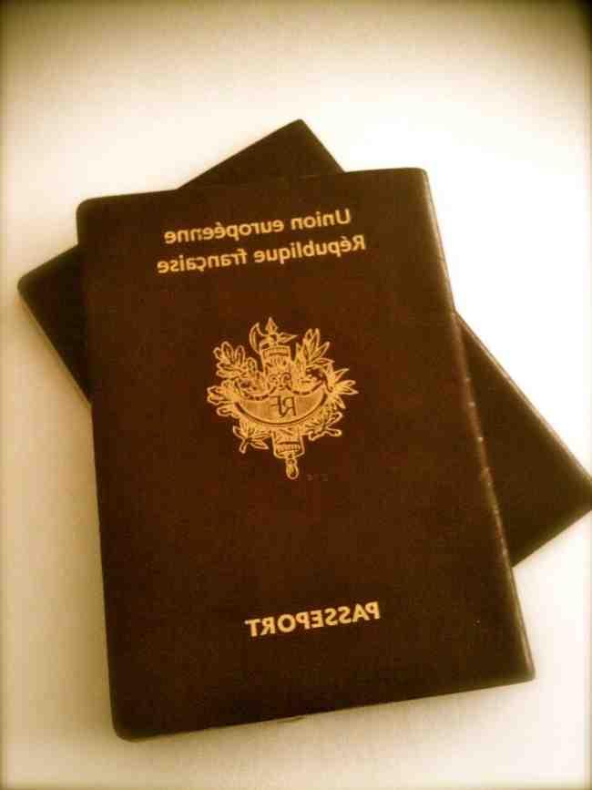Puis-je aller en Espagne avec une carte d'identité expirée?