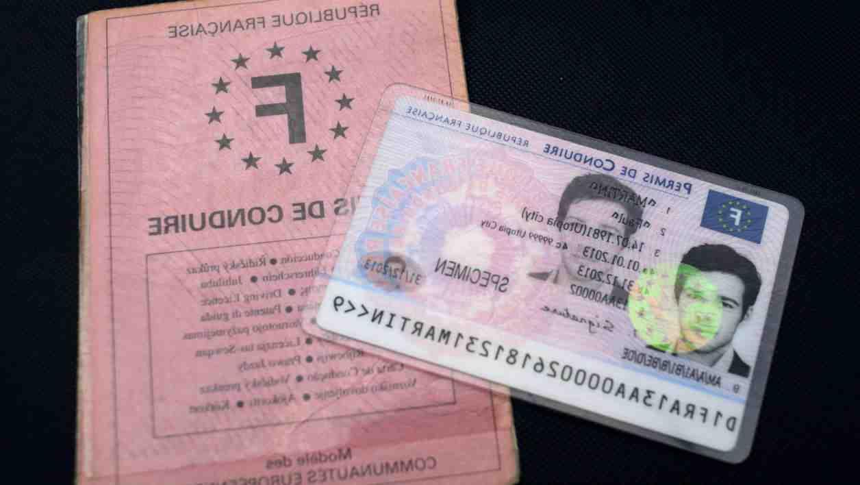 Une carte d'identité est-elle nécessaire pour se rendre en Espagne?